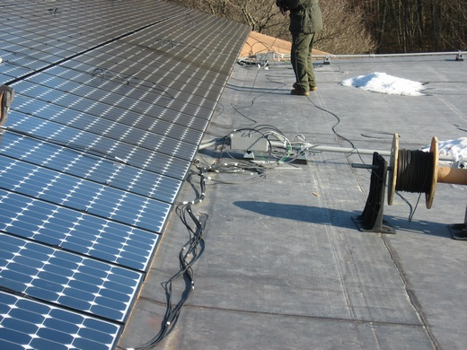 Beaumont Solar in-hosue electricians wire strings of modules to combiner boxes