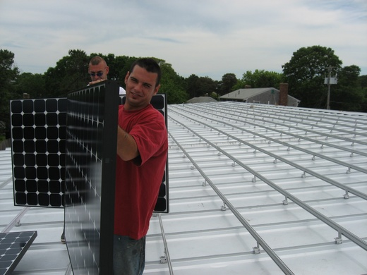 The Beaumont Solar in-house implementation team installed 602 SunPower 305 modules