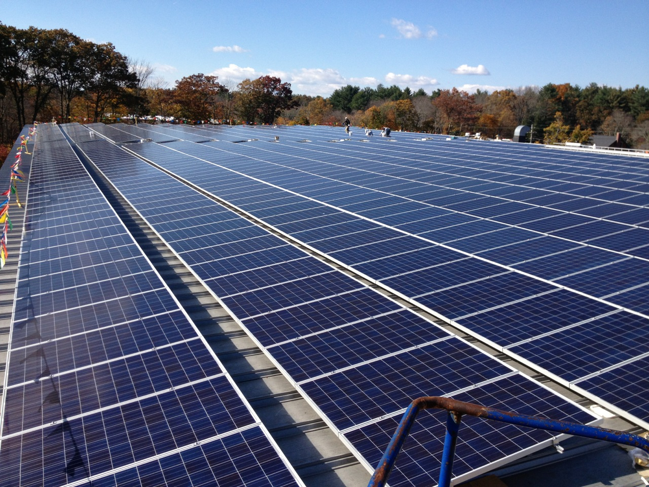 A total of 1320 solar panels make up this 389.40kW solar system