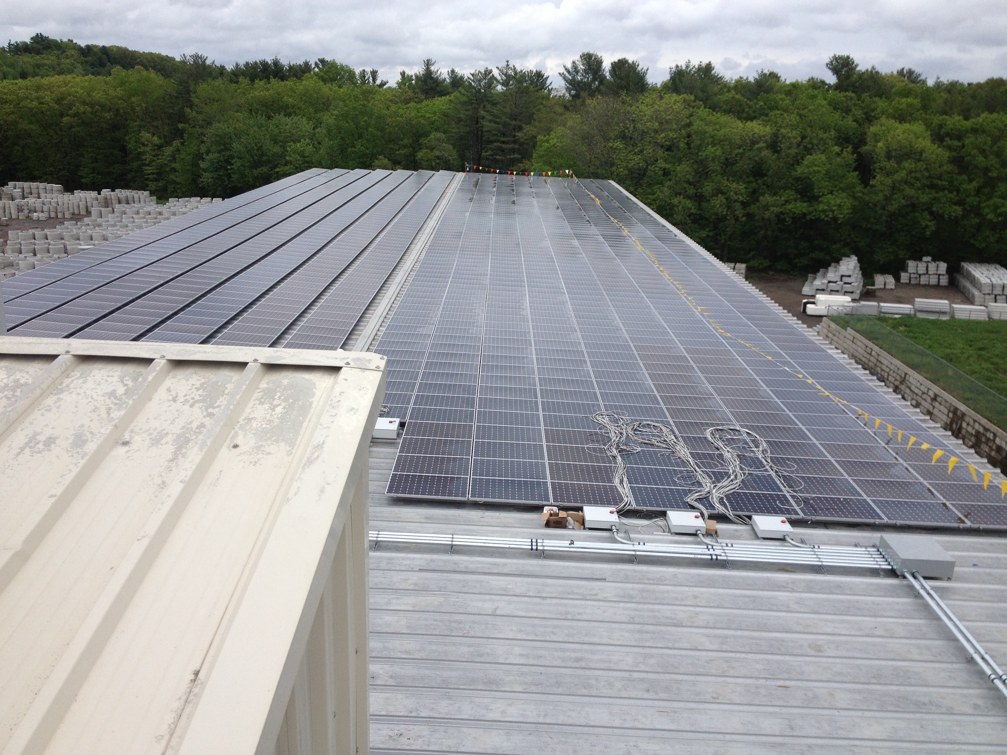 The 389 kW array installed by Beaumont Solar