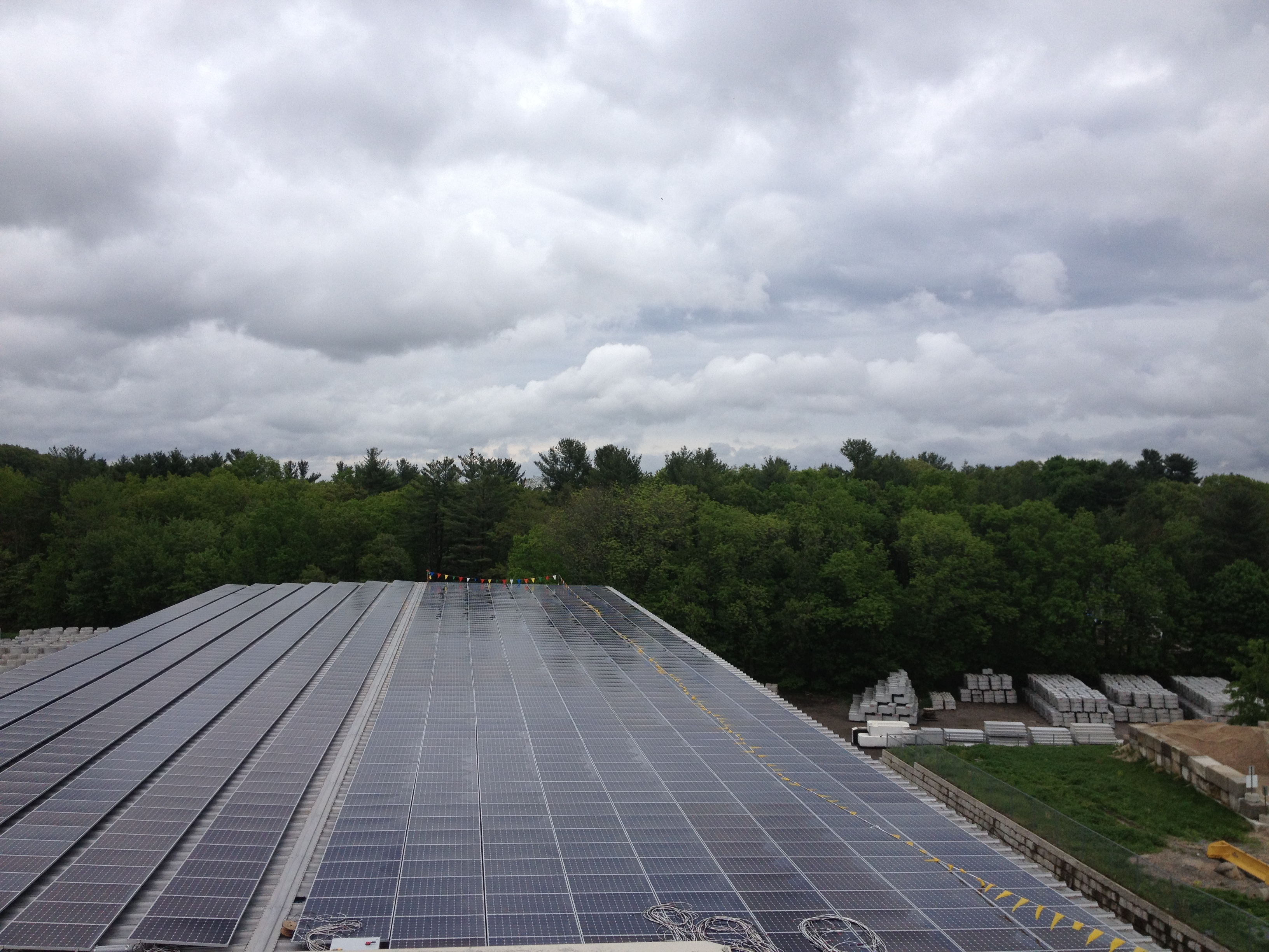 Beaumont Solar 389 kW system with SunPower panels